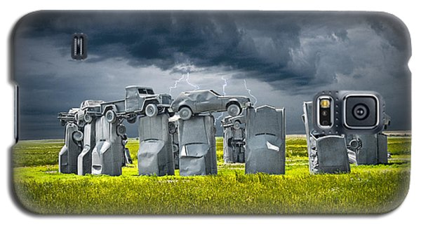 Car Henge In Alliance Nebraska After England's Stonehenge Galaxy S5 Case by Randall Nyhof