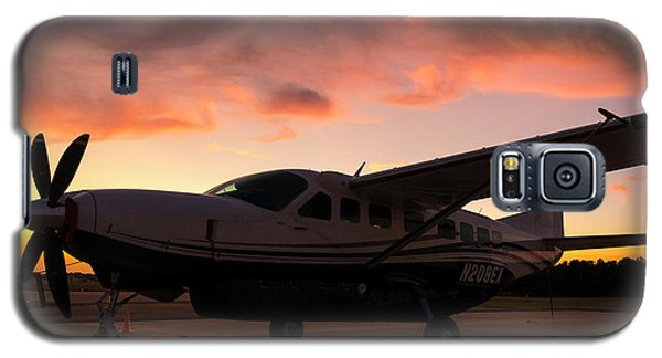 Caravan On The Ramp In The Sunset Galaxy S5 Case