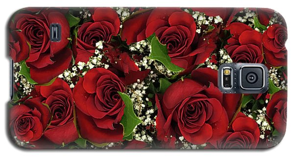 Galaxy S5 Case featuring the photograph Carmine Roses by Rockin Docks Deluxephotos