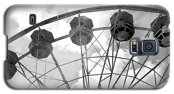 Galaxy S5 Case featuring the photograph Carnival Ferris Wheel Black And White Print - Carnival Rides Ferris Wheel Black And White Art Prints by Kathy Fornal