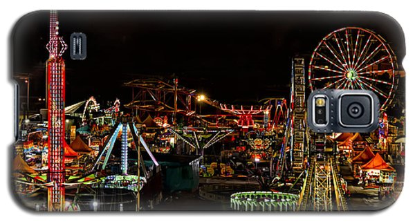 Galaxy S5 Case featuring the photograph Carnival Midway by Linda Constant
