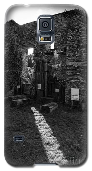 Galaxy S5 Case featuring the photograph Photographs Of Cornwall Carnon Mine by Brian Roscorla