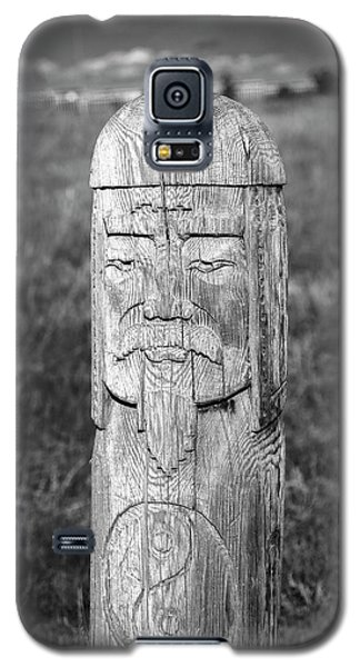 Galaxy S5 Case featuring the photograph Carved Genghis Khan, Elsen Tasarkhai, 2016 by Hitendra SINKAR