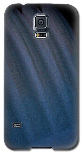 Galaxy S5 Case featuring the photograph Cascade De Azure by David Dunham