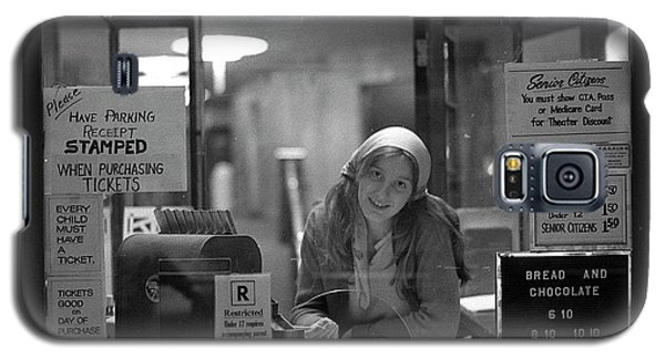 Cashier, Devon Theatre, 1979 Galaxy S5 Case