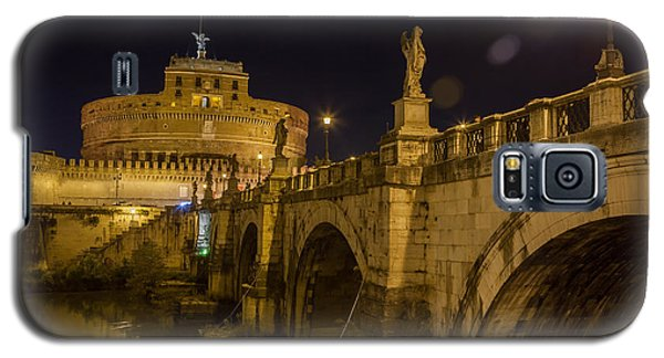 Galaxy S5 Case featuring the photograph Castel Sant'angelo by Ed Cilley