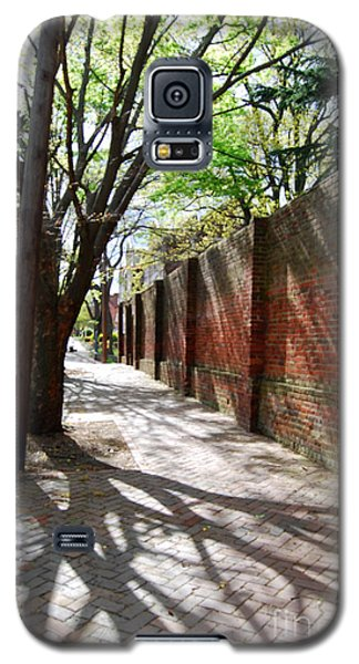Galaxy S5 Case featuring the photograph Casting Shadows by Linda Mesibov