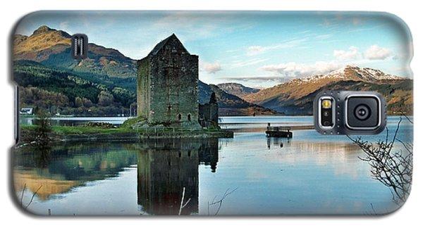 Castle On The Loch Galaxy S5 Case by Lynn Bolt