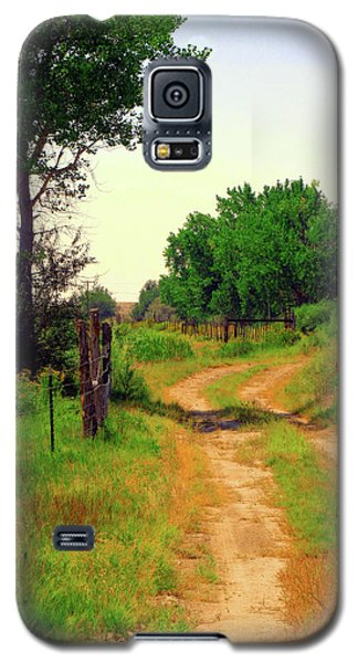 Castledale Farm Road Galaxy S5 Case