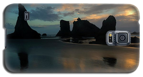 Galaxy S5 Case featuring the photograph Castles In The Sand by Mike Dawson