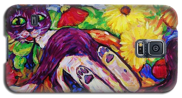 Cat Among Daisy Petals Galaxy S5 Case by Dianne  Connolly