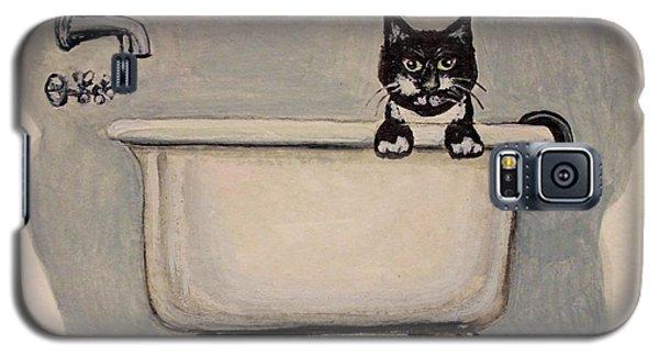 Cat In The Bathtub Galaxy S5 Case by Elizabeth Robinette Tyndall