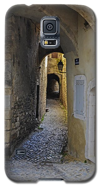 Galaxy S5 Case featuring the photograph Cat On A Quiet Street In Viviers by Allen Sheffield