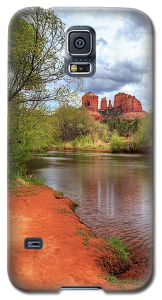 Galaxy S5 Case featuring the photograph Cathedral Rock From Oak Creek by James Eddy