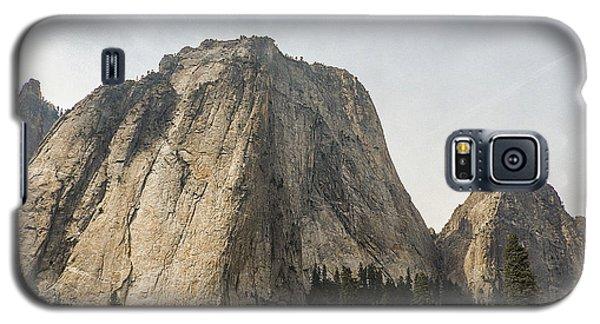 Cathedral Spires Yosemite Valley Yosemite National Park Galaxy S5 Case