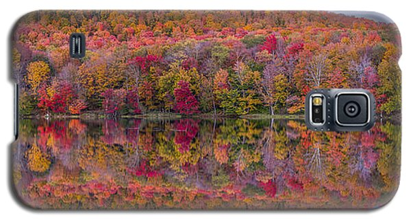 Galaxy S5 Case featuring the photograph Catskill Panorama 2 by Mark Papke