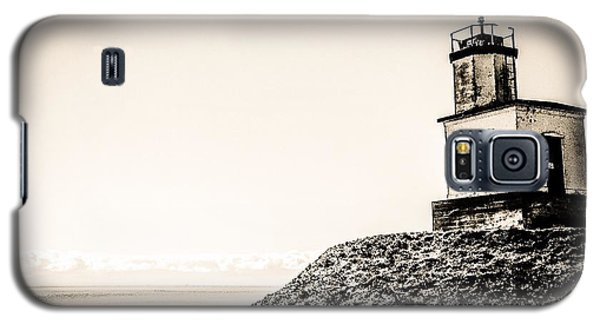 Galaxy S5 Case featuring the photograph Cattle Point Lighthouse by William Wyckoff