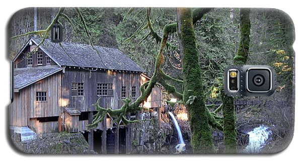 Galaxy S5 Case featuring the photograph Cedar Creek Grist Mill by Larry Keahey