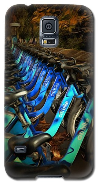 Galaxy S5 Case featuring the mixed media Central Park Bikes by Trish Tritz