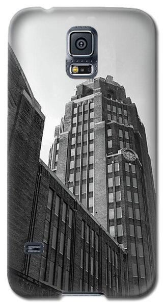 Galaxy S5 Case featuring the photograph Central Terminal 15142 by Guy Whiteley