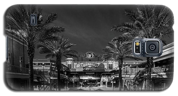 Galaxy S5 Case featuring the photograph Centro Ybor Bw by Marvin Spates