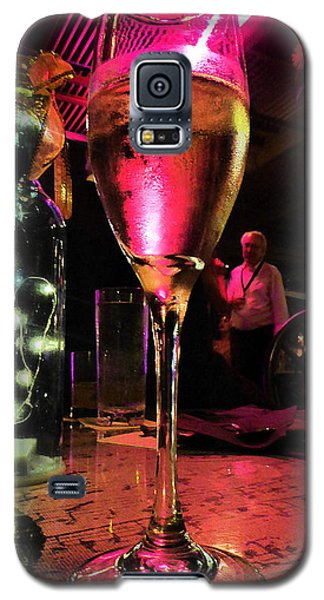 Galaxy S5 Case featuring the photograph Champagne And Jazz by Lori Seaman