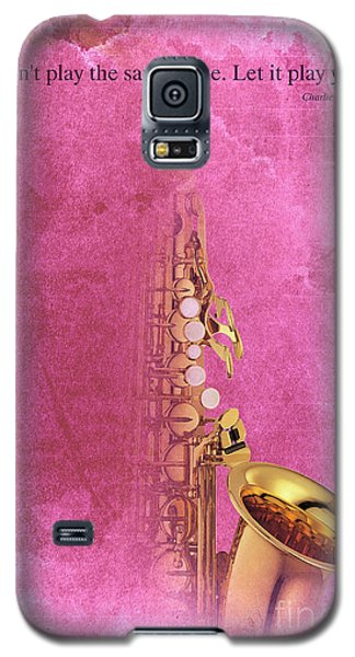 Charlie Parker Saxophone Light Red Vintage Poster And Quote, Gift For Musicians Galaxy S5 Case by Pablo Franchi