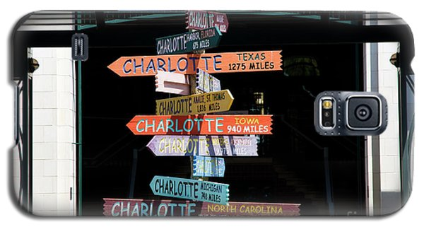 Charlotte Signs Galaxy S5 Case