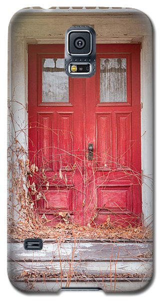 Galaxy S5 Case featuring the photograph Charming Old Red Doors Portrait by Gary Heller
