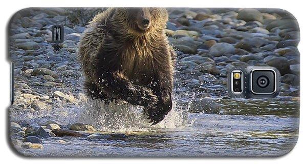Chasing Salmon Galaxy S5 Case by Inge Riis McDonald