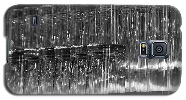 Chasing Waterfalls - Bw Galaxy S5 Case