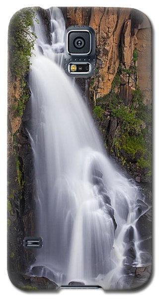Galaxy S5 Case featuring the photograph Chasing Waterfalls by Tim Reaves