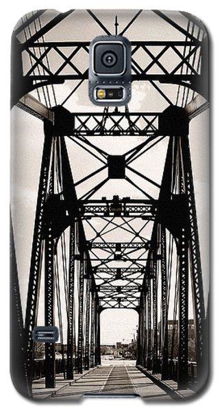 Cherry Avenue Bridge Galaxy S5 Case