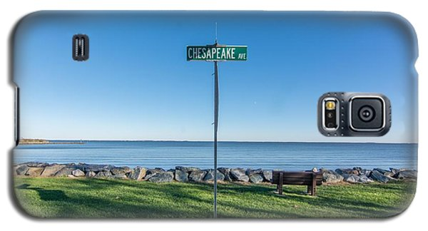 Galaxy S5 Case featuring the photograph Chesapeake Ave by Charles Kraus