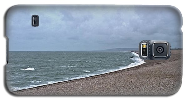 Chesil Beach November 2013 Galaxy S5 Case by Anne Kotan