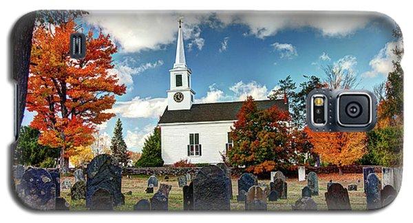 Chester Village Cemetery In Autumn Galaxy S5 Case