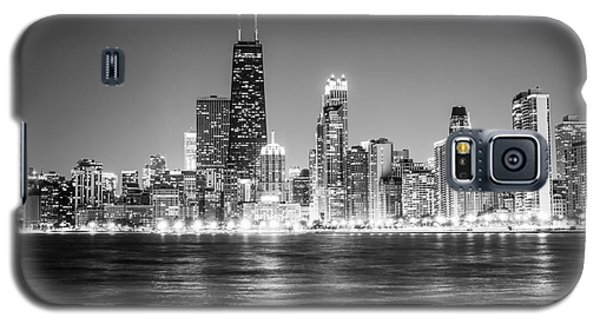 Chicago Lakefront Skyline Black And White Photo Galaxy S5 Case by Paul Velgos