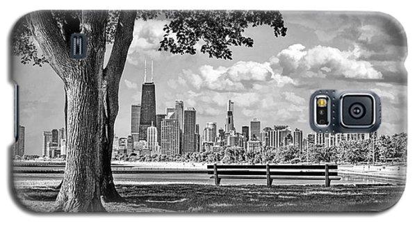Chicago North Skyline Park Black And White Galaxy S5 Case