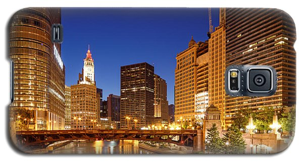 Chicago River Trump Tower And Wrigley Building At Dawn - Chicago Illinois Galaxy S5 Case
