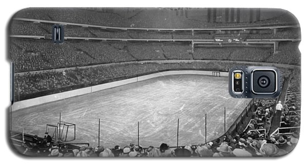 Chicago Stadium Prepared For A Chicago Blackhawks Game Galaxy S5 Case
