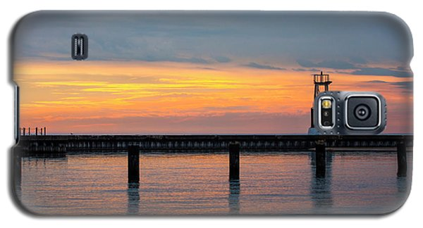 Galaxy S5 Case featuring the photograph Chicago Sunrise At North Ave. Beach by Adam Romanowicz