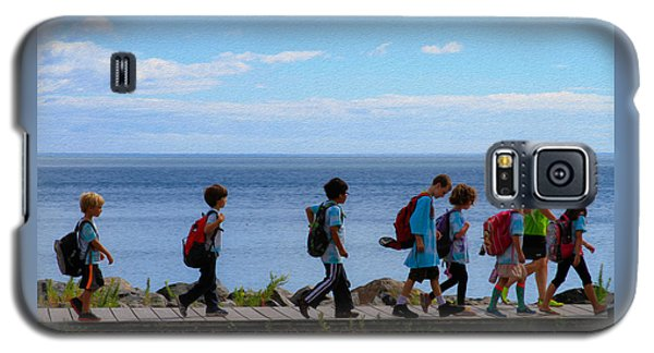 Children On Lake Walk Galaxy S5 Case