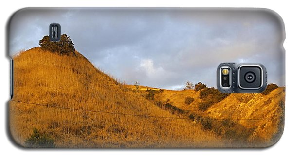 Galaxy S5 Case featuring the photograph Chino Hills And Clouds by Viktor Savchenko