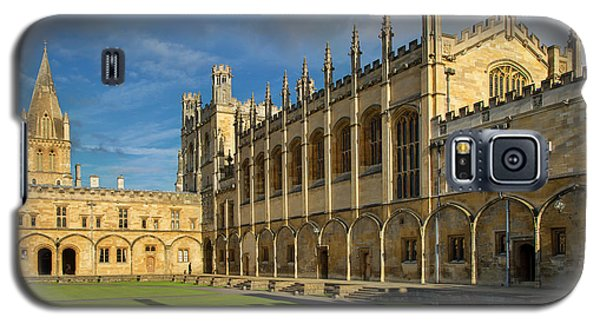 Galaxy S5 Case featuring the photograph Christ Church College II by Brian Jannsen