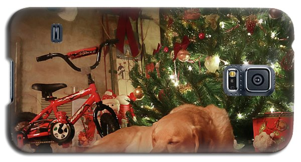 Galaxy S5 Case featuring the photograph Christmas Eve by Lori Deiter