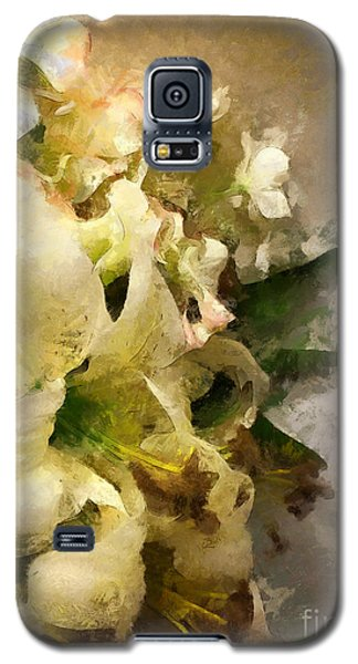 Christmas White Flowers Galaxy S5 Case