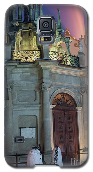 Galaxy S5 Case featuring the photograph Church Door by Juli Scalzi