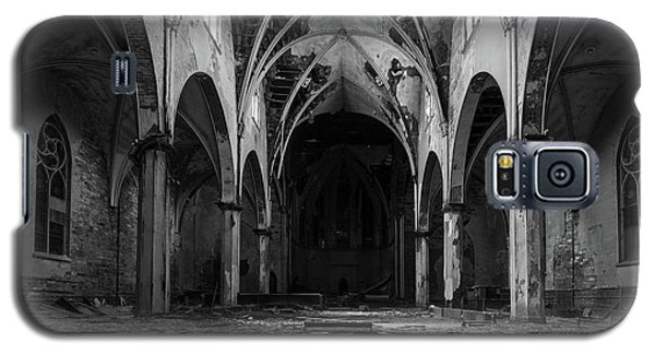 Church In Black And White Galaxy S5 Case