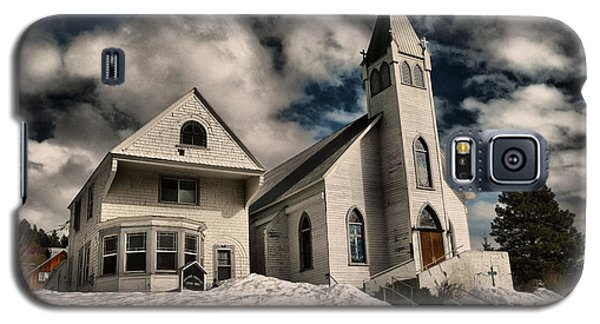 Galaxy S5 Case featuring the photograph Church Of The Immaculate Conception Roslyn Wa by Jeff Swan