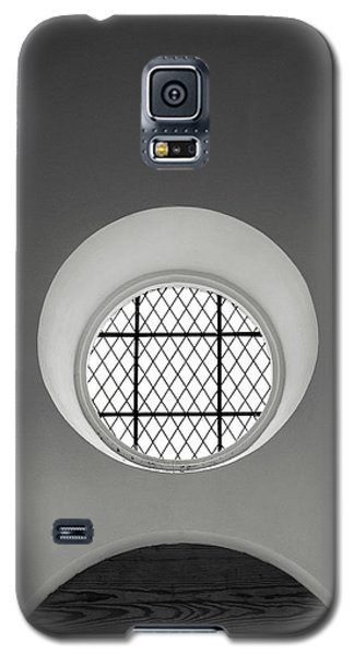 Church Window In Black And White Galaxy S5 Case